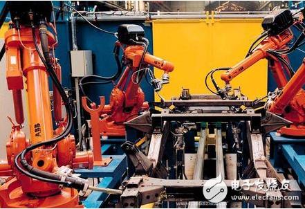中国工业机器人发展的关键因素是什么