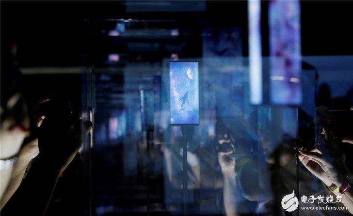 小米在印度推出高规格智能手机和智能电视以提高销量和品牌形象