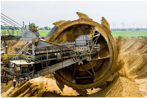 采矿行业的现状还可以通过AI技术改变吗