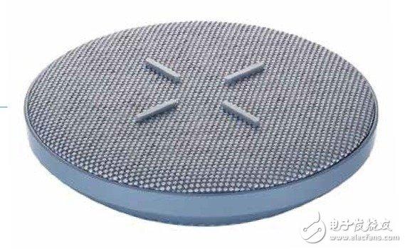 荣耀V30系列的无线充电底座曝光,带有十字形的防滑橡胶设计