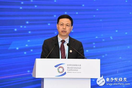 中国移动杨杰:构建智慧社会要推动新一代信息通讯技术融入民生