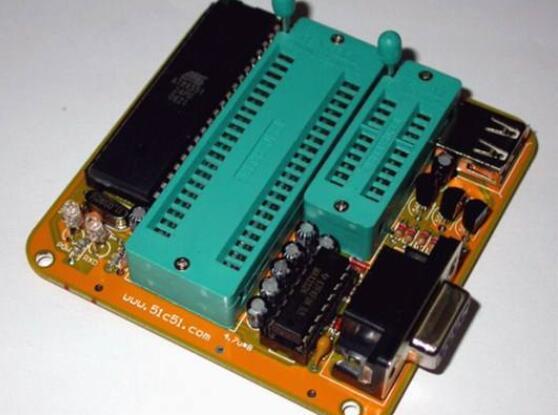 單片機編程器是什么_單片機編程器應用