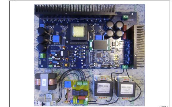 使用STM32F103XX设计光伏应用转换系统的开发和评估