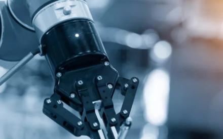 面向未来,工业机器人渴望AI技术的加持