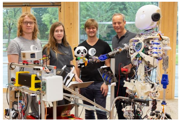 进博会展品抢先看,英飞凌携3D打印人形机器人Roboy 2.0首度亮相中国