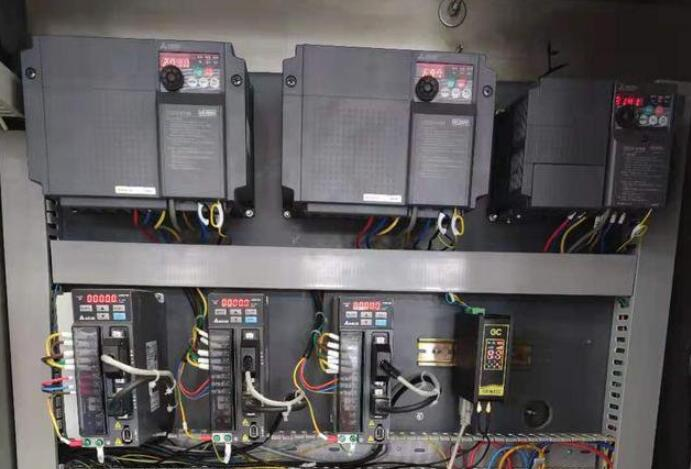 plc与继电器有什么区别
