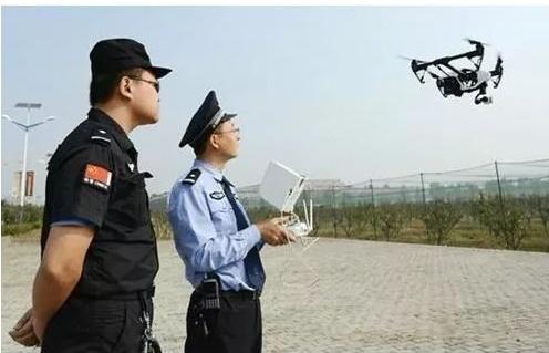 警用无人机和警务直升机哪个更好用