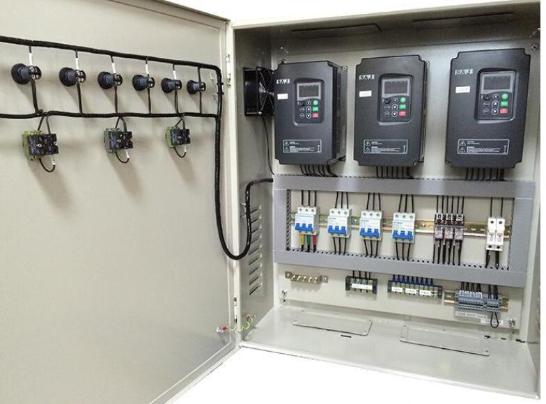 变频器控制柜故障灯亮的解决方法