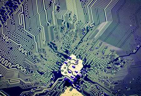 如何在PCB设计环境下绘制出PCB板面