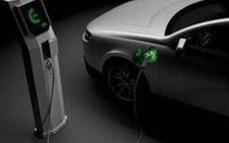 纯电动汽车在使用快充功能时应注意的事项