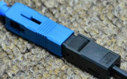 光纤连接器随着光纤技术的不断成熟而发展迅速