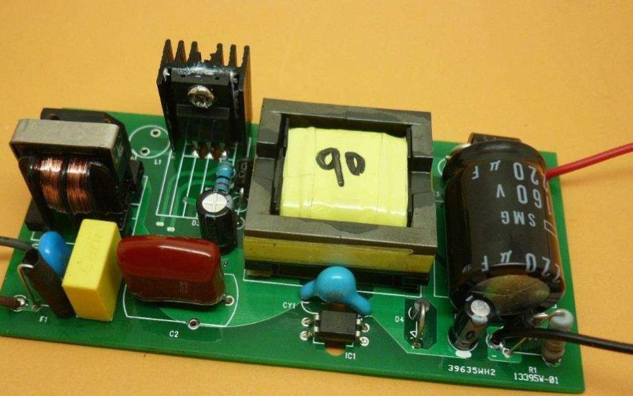并联和串联的LED驱动电路应该如何设计