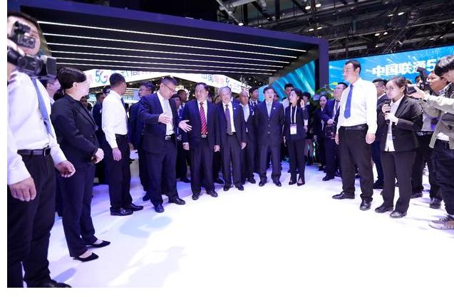亨通携5G应用以及5G新技术新产品精彩亮相本届PT展