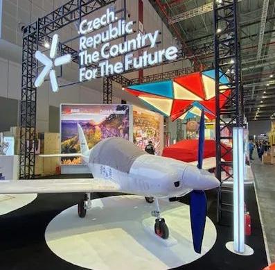 世界上速度最快的超轻型飞机鲨鱼飞机将在中国生产
