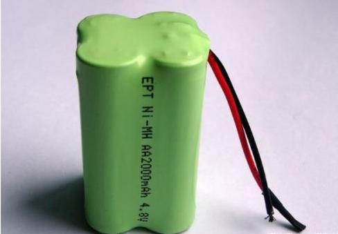 我国成功研制出用于电动汽车的新型充电锂电池