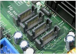 服务器上的硬盘接口技术解析