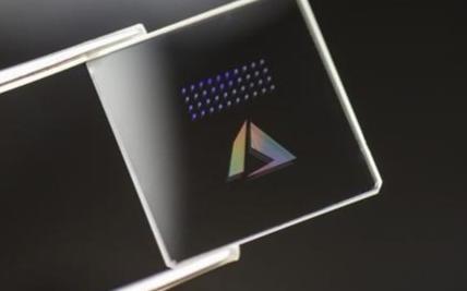 微软研发的玻璃存储技术目前获得了新一轮的进展