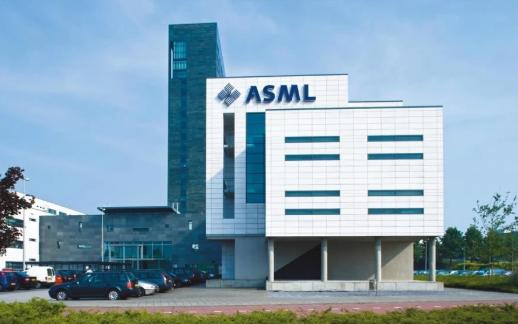 迫于美国压力,芯片生产设备巨头ASML推迟向中企发货