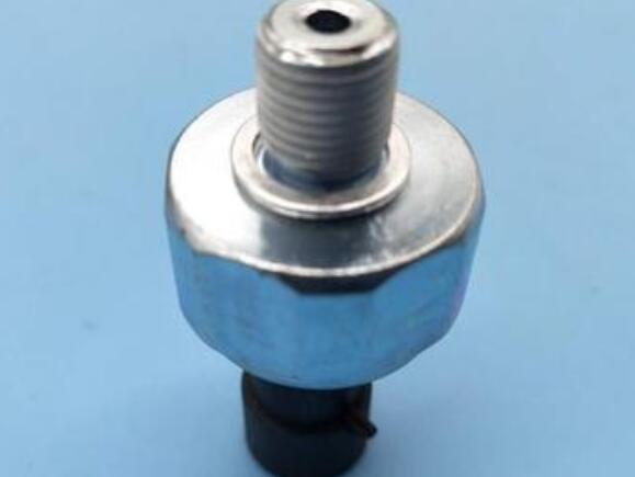 机油压力传感器怎么检测_机油压力传感器位置