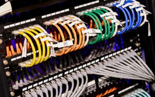 光纤快速连接器与冷接子的区别是什么