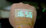 可伸缩的LED显示器,能附着在人体皮肤上