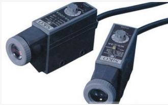 对射型光电传感器与反光板型光电开关的基本区别解析