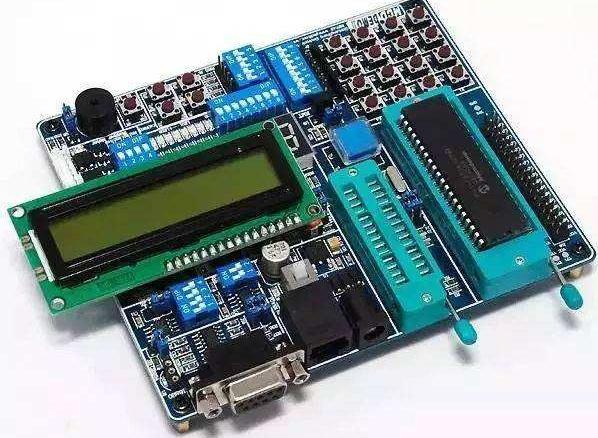 PIC单片机的各种内部硬件功能及用法介绍