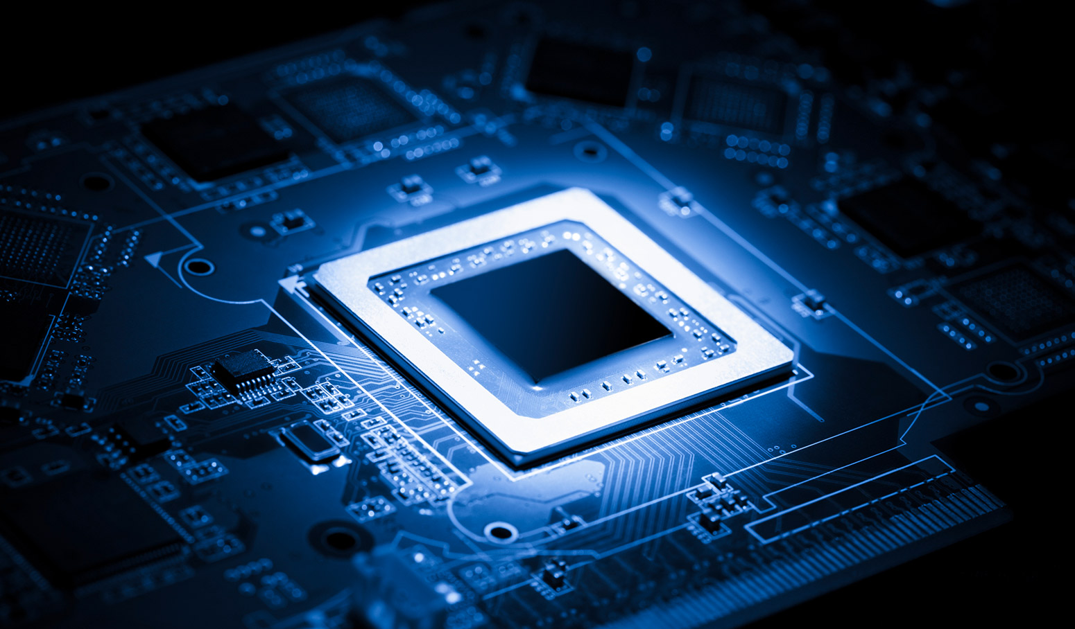 硝烟再起!高端FPGA最终拼什么?