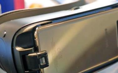 Oculus宣布将停止对Gear VR软件的技术...