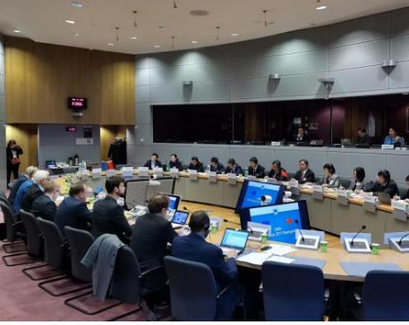 中方愿与欧方共同努力推动中欧在5G工业互联等领域...