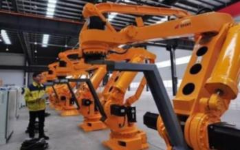 哪些方面的因素制约了我国机器人产业的发展