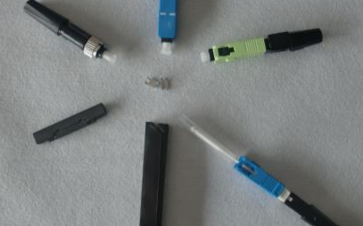 光纤连接器的种类,它是根据什么分类的
