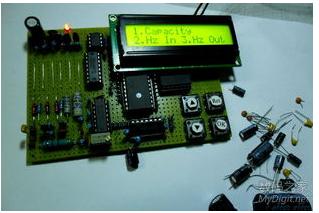 基于51单片机的多功能数字电子钟设计