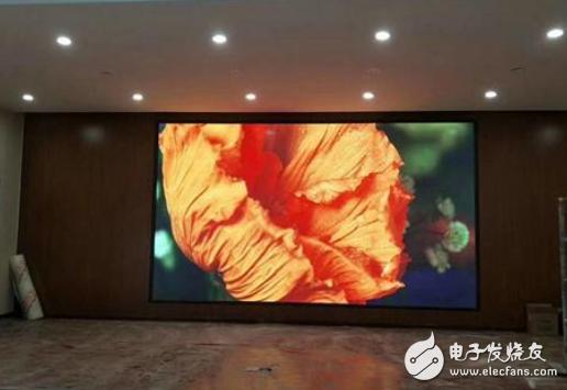 P4租赁全彩LED显示屏具有很多特点 市场需求在不断扩大