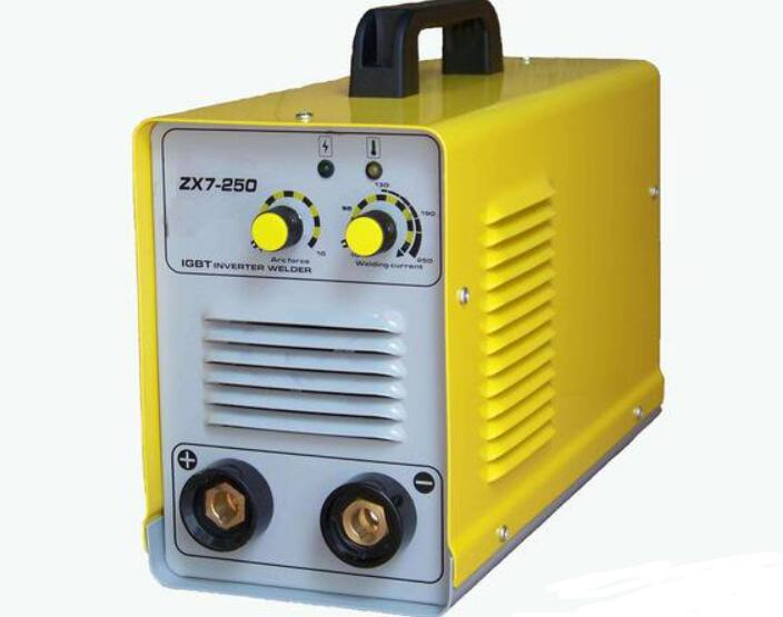 电焊机的触电条件及工作原理