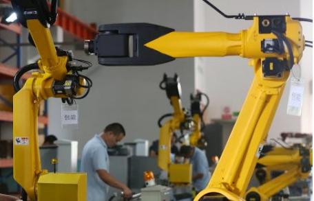 人类不会完全被机器替代,无人化推动快速发展