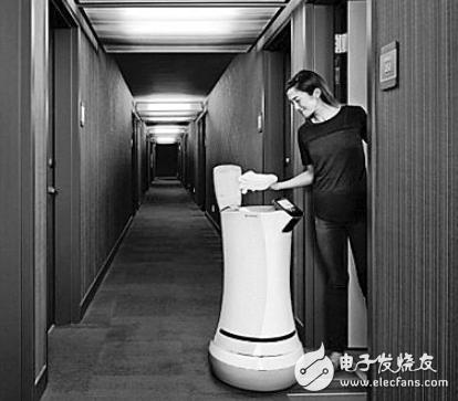 酒店机器人沪上酒店上岗 给宾客带来不同于传统酒店注册新宝6创新体验