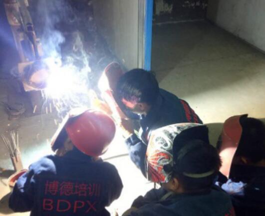 co2气体保护焊的特点_co2气体保护焊的优缺点