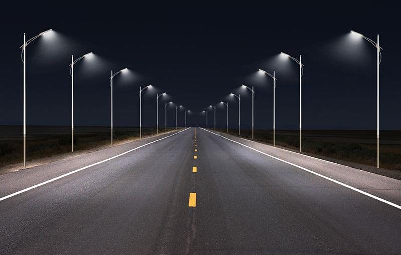 基于5G基站大力发展智慧路灯