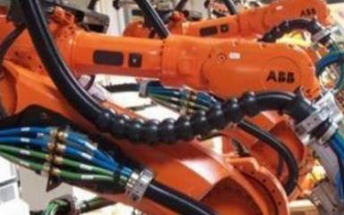 工业机器人技术中管线包的作用是什么