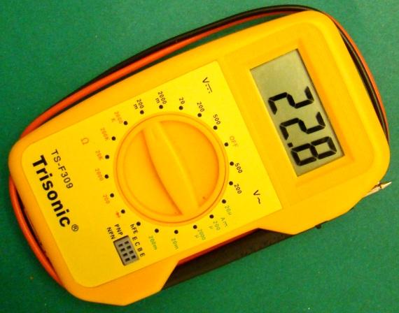 怎样将温度计添加到数字万用表