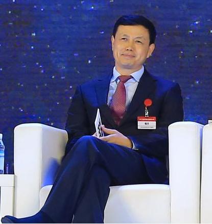 中国移动杨杰表示5G更多的改变是经济社会