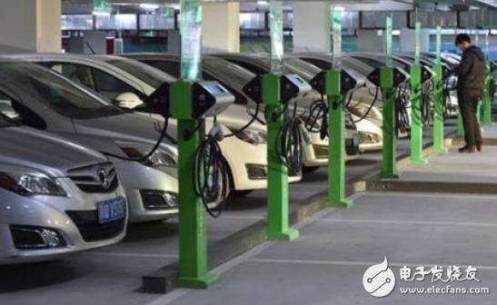 新能源汽车不断亏损 主要面临着以下问题