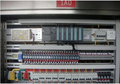 PLC如何与常用输入输出电气元件连接?