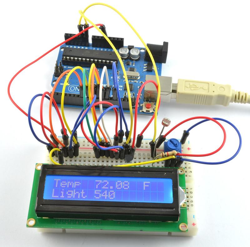 如何使用LCD显示屏显示温度和光强度