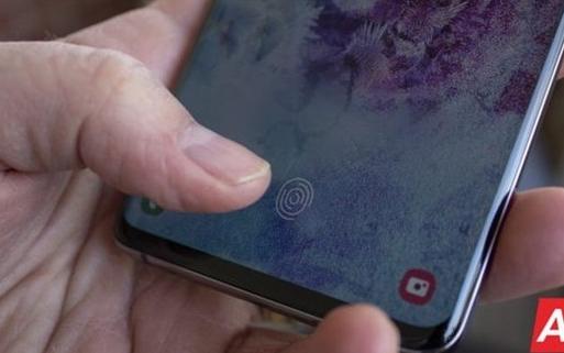三星智能手机或放弃超声波指纹识别,使用当地指纹读...