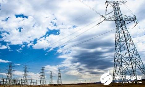 昌吉供电公司利用无人机检修电路 确保冬季供电安全