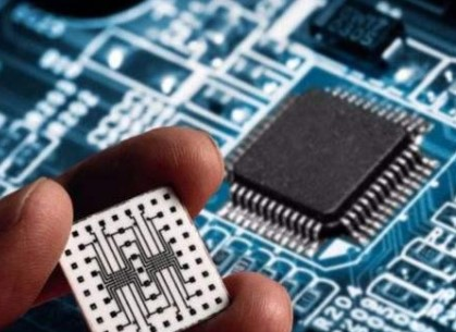预计2025年采用开源架构RlSC-V的芯片将达...