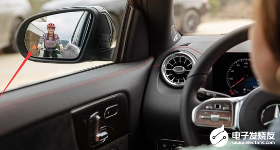 GLA是奔驰家族最小的SUV 深受年轻人的青睐