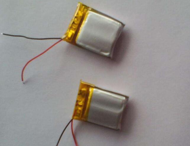 聚合物锂电池组鼓包原因及维修方法